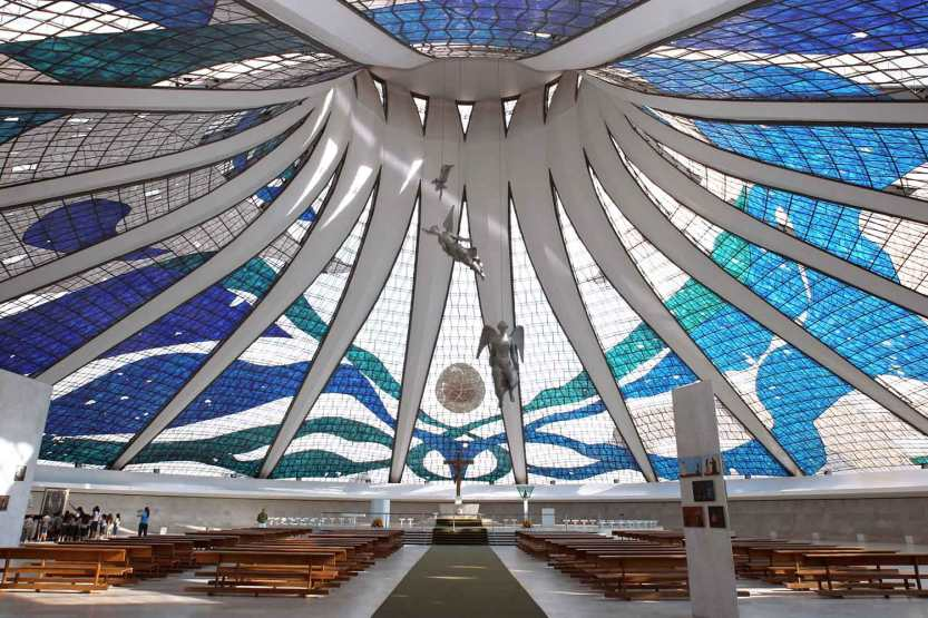 Brasilia-Cathedral-by-Oscar-Neimier-Yellowtrace-02